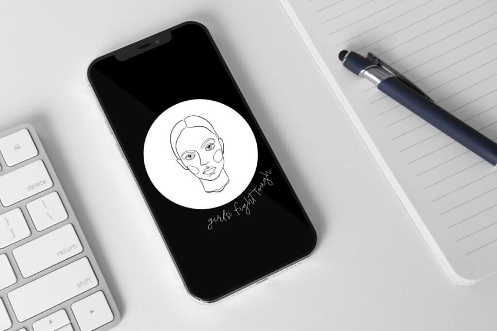 Line Art Girl 10 Iphone 11 Wallpaper