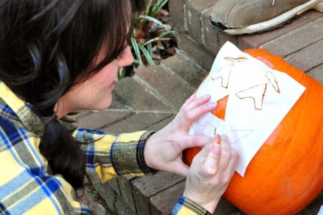 How do you stencil on a pumpkin
