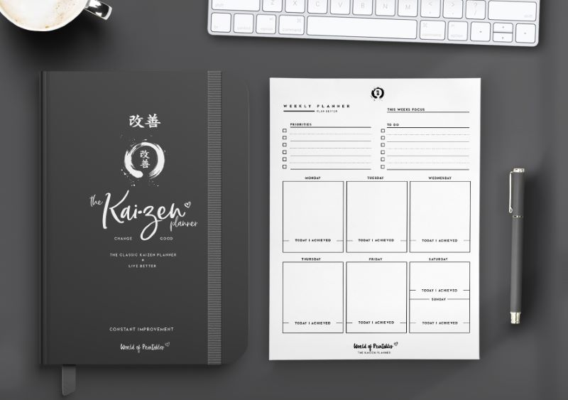 The Classic Kaizen planner in black